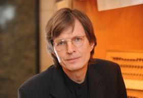 Владимир Хомяков возобновил «Час органной музыки» в Челябинске