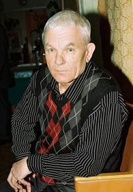 «Угол смещения» и «прецессор» челябинского писателя