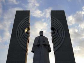 Памятник Матери-России появится в Челябинске?