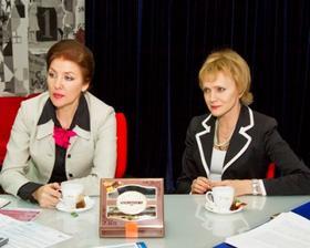 Галина Братышева и Ирина Андреева. Фото Олега Каргаполова