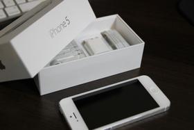 iPhone 5 с контрактом от… мамы
