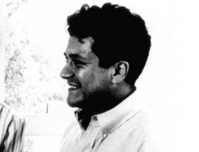 Давным-давно, 25 декабря 1925 года, в далёком-далёком Перу родился маленький мальчик Карлос Аранья Кастанеда. Так гласит сказка. Как было на самом деле, сейчас уже, наверное, не знает никто — маленький мальчик Карлос вырос и стал для миллионов людей по всему миру не менее значимым, чем другой мальчик, тоже родившийся 25 декабря, которого звали Иисус.