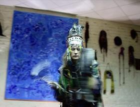«Шаманизм — это не только религия. Это ещё и реальное знание и конкретная техника, которая работает вне зависимости даже от того, к какому вероисповеданию принадлежит человек. Поэтому обучиться шаманским приёмам и техникам может абсолютно любой человек. Это просто техники, которые позволяют раскрыть в себе нечто такое, что есть изначально в нас самих. Мы родились такими…» Фото Ольги Молодцовой